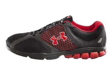 UA 主力慢跑鞋
