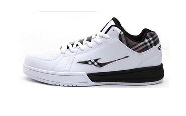 鸿星尔克时尚街头篮球鞋FD