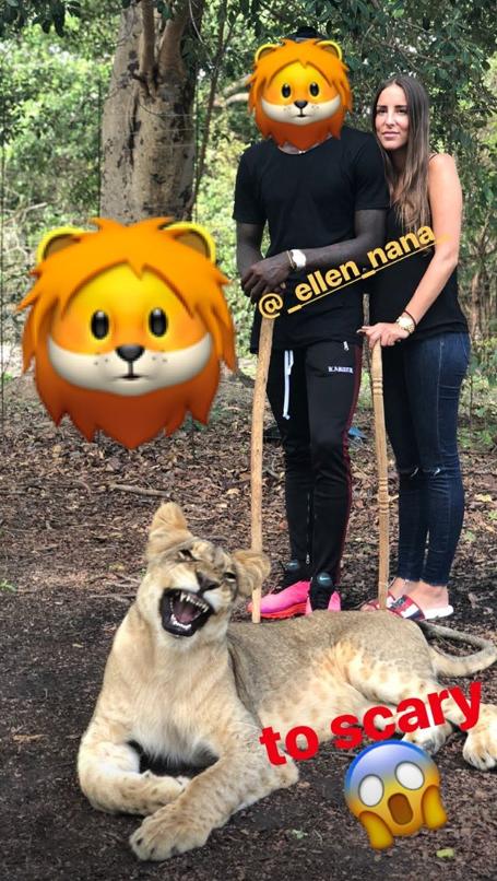 急速赛车手:施罗德与女友合影狮子:太吓人了