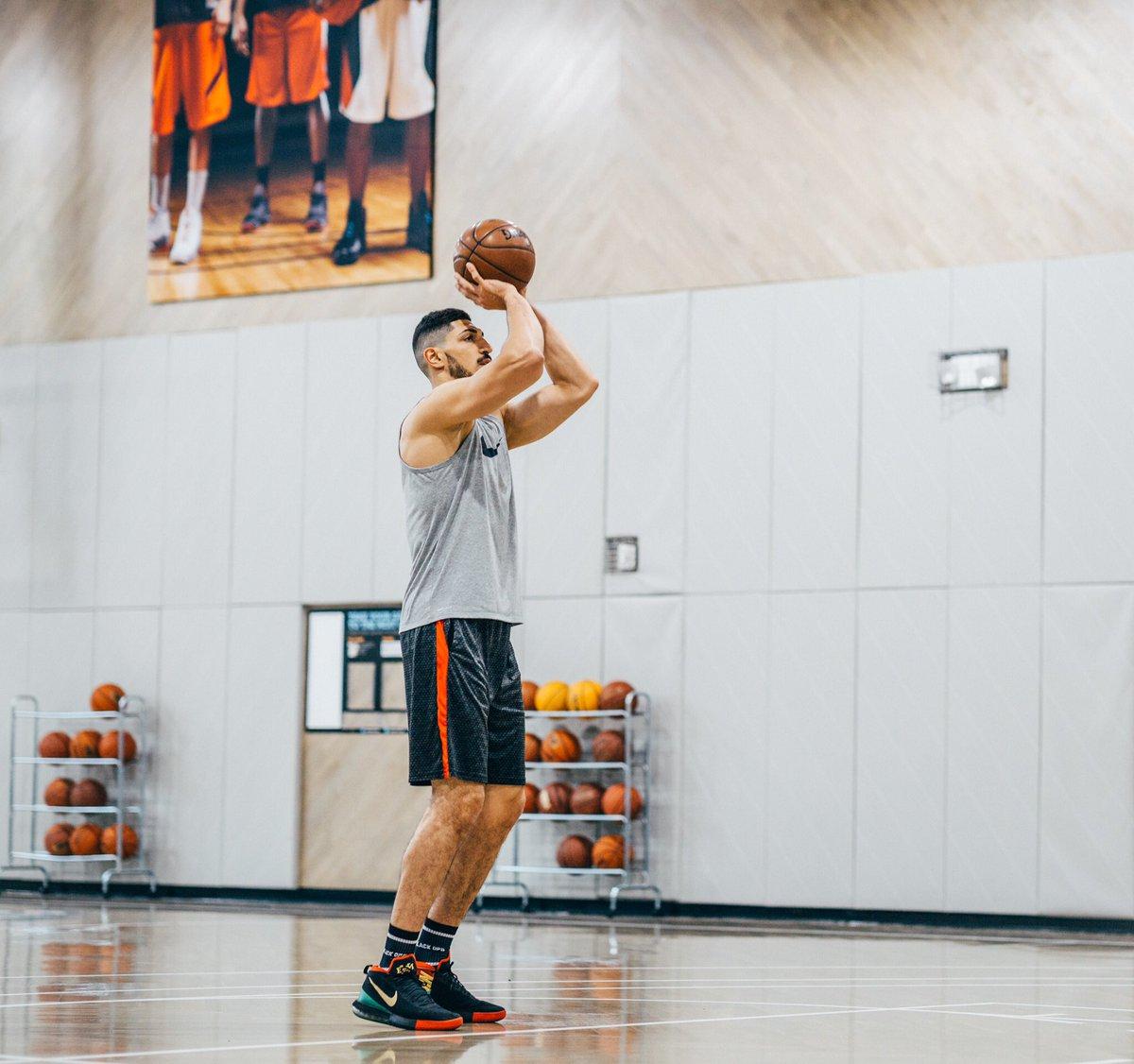 网赌北京快乐8真假?:继续磨练!坎特发布自己在球馆训练的照片