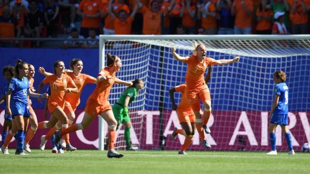 女足世界杯:瑞典2