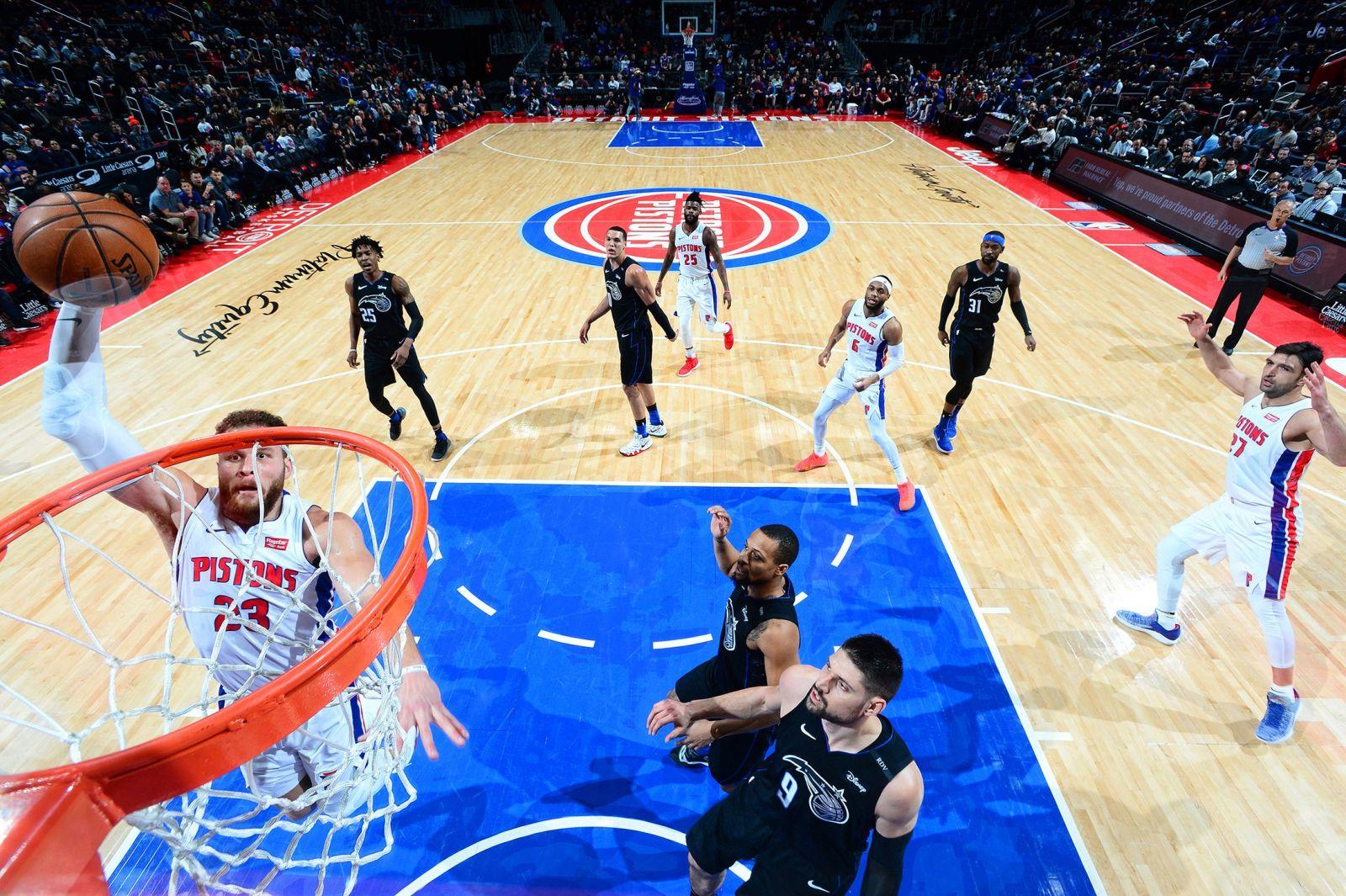 暴力美学!活塞发布格里芬扣篮照庆祝NBA扣篮周