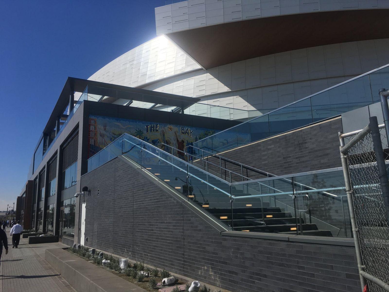 新球馆来了!勇士为大通中心举行媒体开放活动