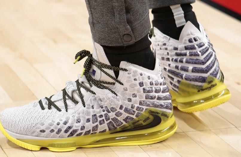 今日球鞋:CJ