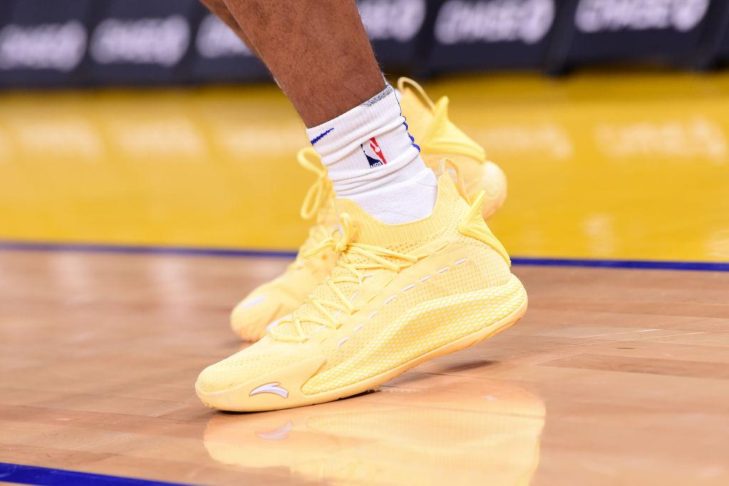 今日球鞋:塔特姆上脚乔丹34代,拉塞尔上脚韦德之道8代