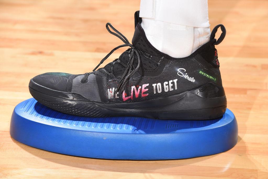 今日球鞋:海沃德上脚海沃德1代,巴顿上脚Crazy BYW