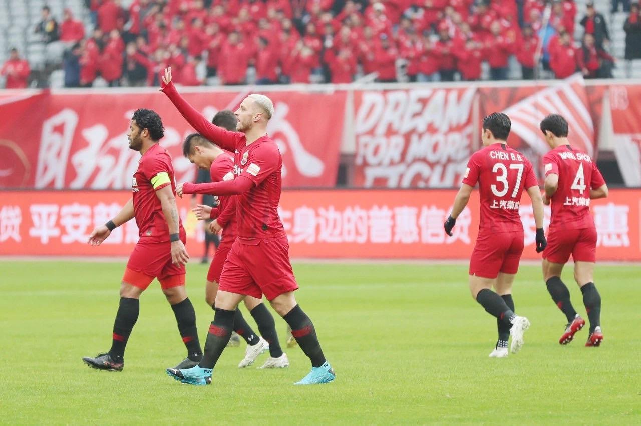 阿瑙:非常喜欢上海这座城市,新赛季家人会过来陪伴我