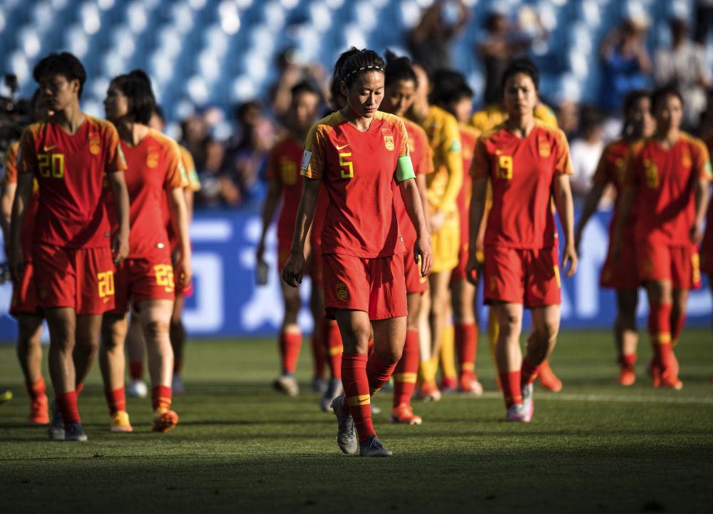 中国女足队长吴海燕:希望能带领大家去展现队伍的强大