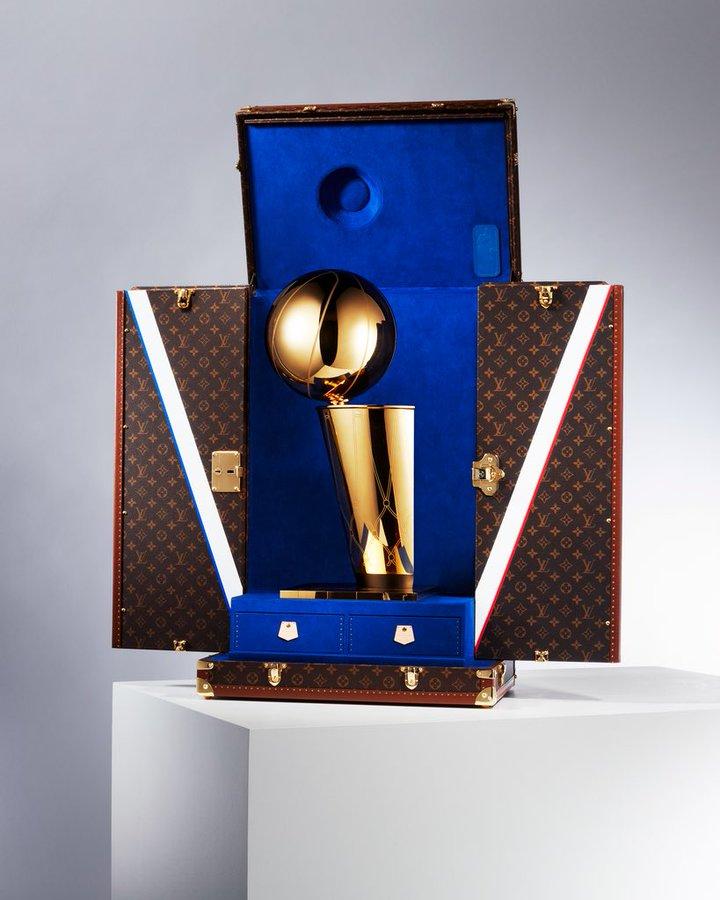 LV与NBA即将合作,前者将成为首家官方奖杯旅行箱供应商
