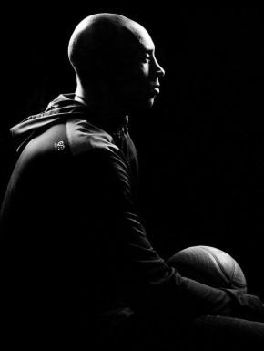 波格丹将推特头像改为全黑:我失去了我的篮球教父