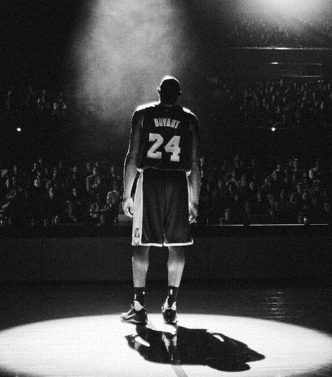 海佐尼亚发推悼念科比:我的英雄,偶像,导师,篮球之父