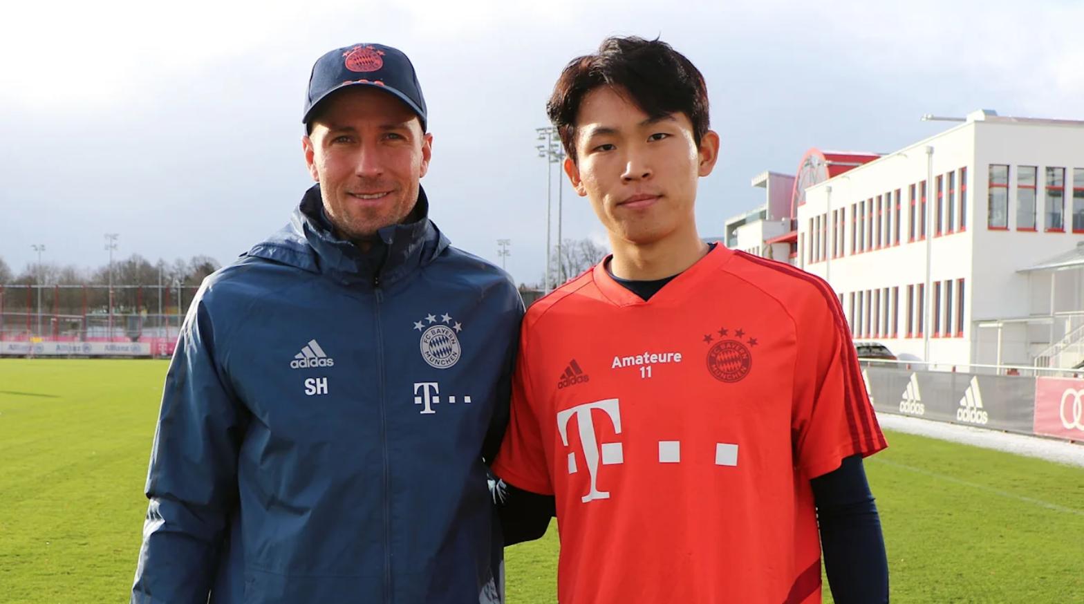 官方:拜仁租借签回郑优营六个月,代表二队征战德丙