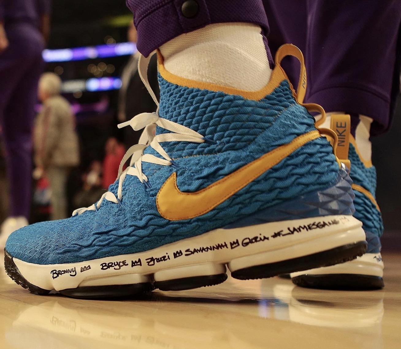 今日球鞋:詹姆斯上脚Nike新款环保系列Space Hippie 03