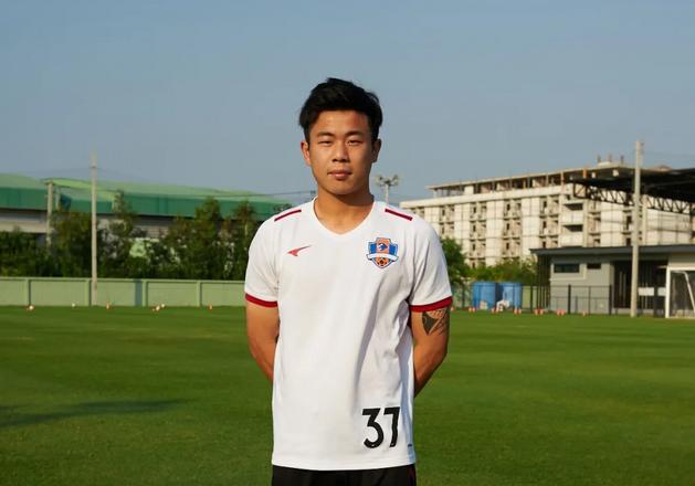 官方:梁学铭、U23旅葡球员李俊锋正式加盟梅州客家