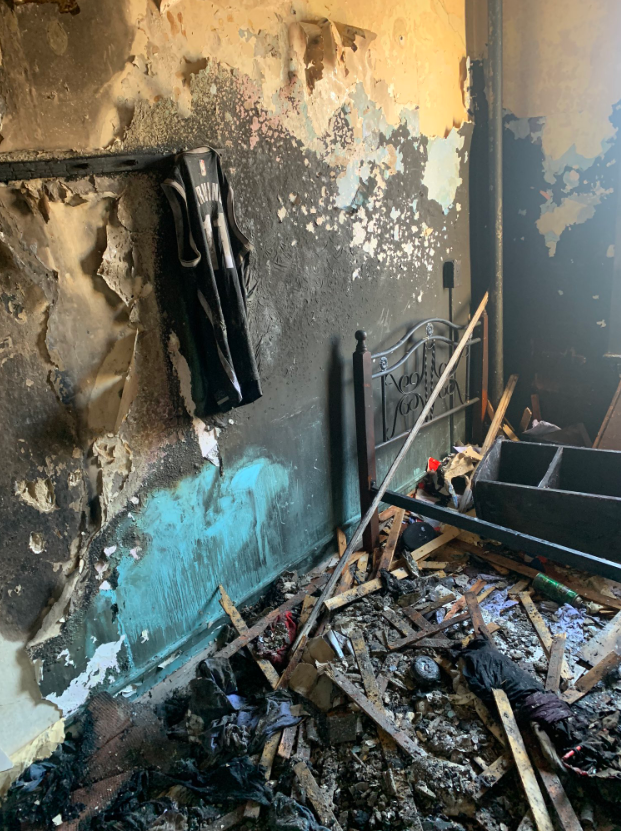 一篮网球迷家遭遇火灾只剩欧文球衣,篮网表示会提供帮助