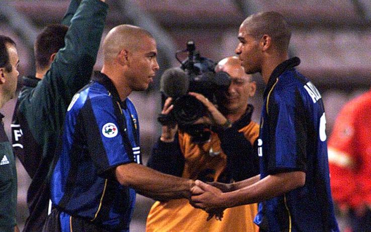 卢卡库:罗纳尔多和阿德里亚诺是我的蓝黑偶像
