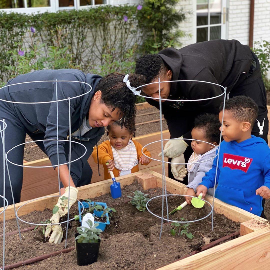 播种希望!威斯布鲁克妻子晒一家人种植植物时的照片