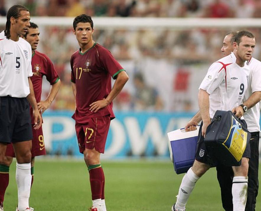 内维尔:06世界杯是C罗曼联生涯的转折点,其自信成就了他