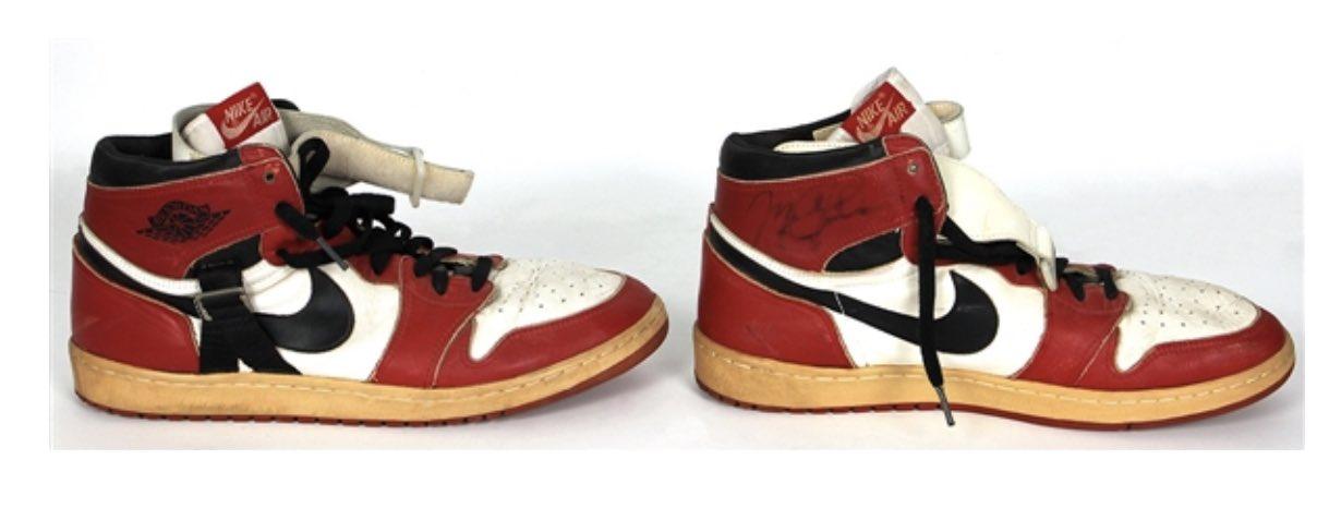 一双乔丹在1986年穿过的AJ1将拍卖,起拍价为十万美元