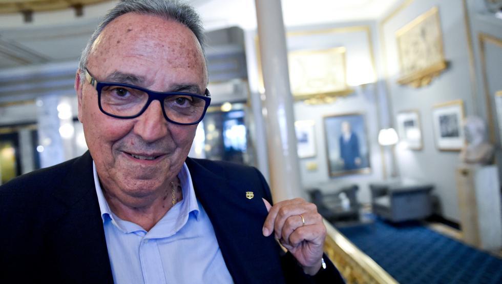 加斯帕特:在梅西和马拉多纳之间,我选择历史最佳梅西