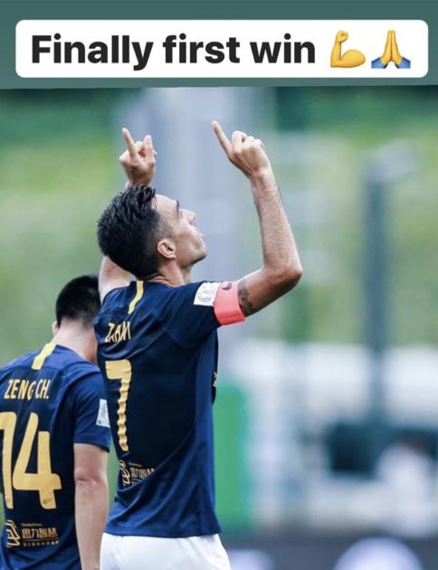扎哈维获首胜后一吐阴霾:总算赢球了足球