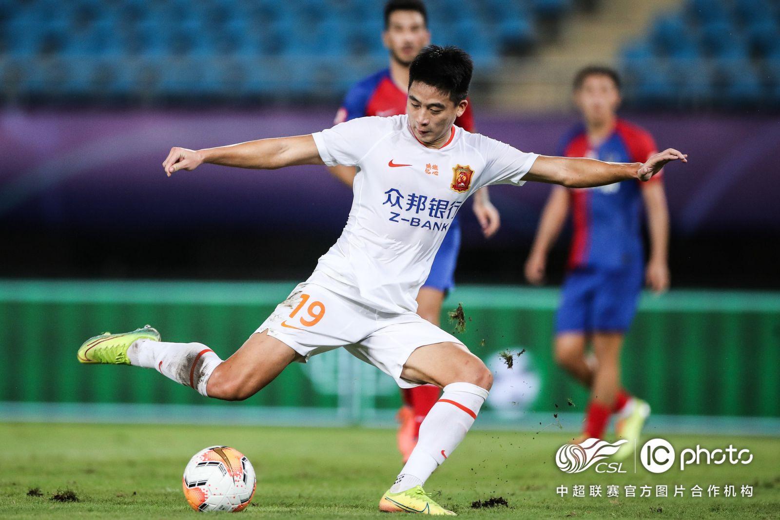 胡靖航:自己状态在上升还需拿出成绩,目标进入国家队