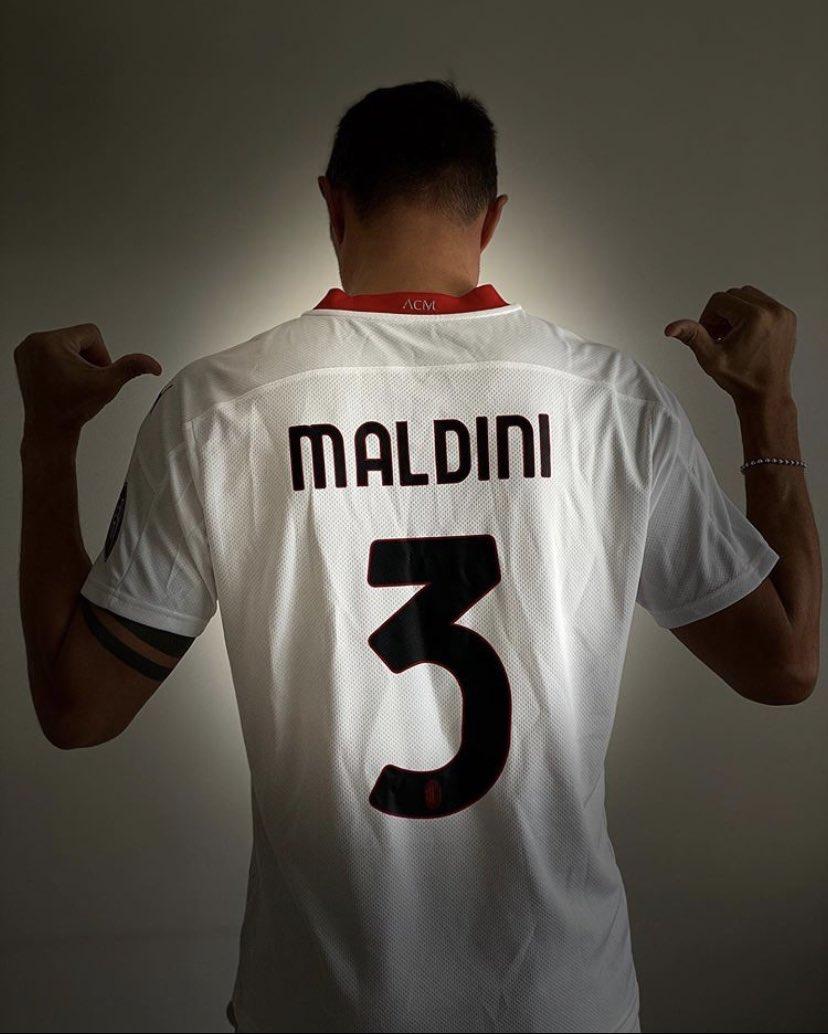 青春归来了,马尔蒂尼再穿米兰球衣:这是最难忘的感觉