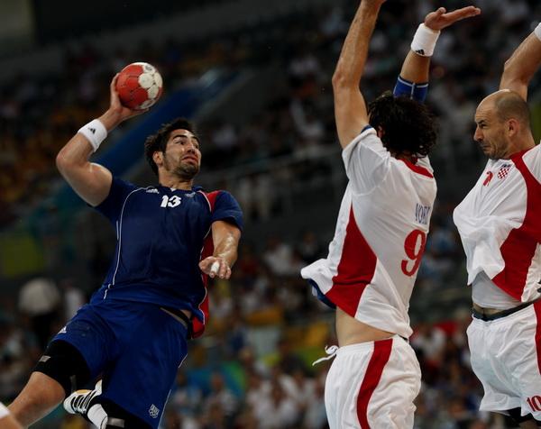 法国奥运手球冠军涉嫌假球被捕,几小时赢20万欧