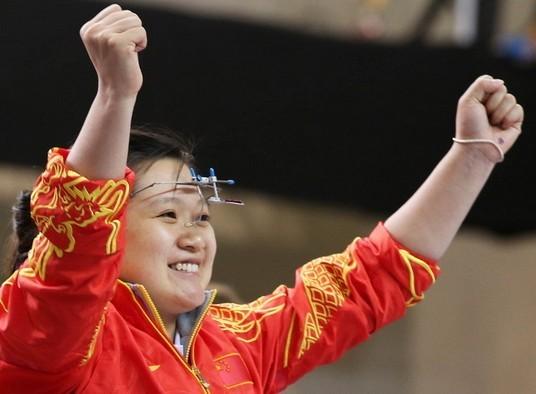 奥运冠军郭文珺照顾孩子缺席总决赛