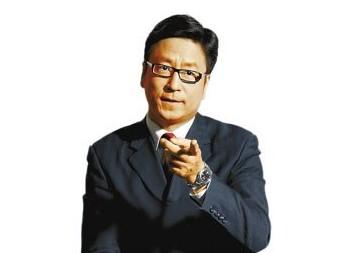 白岩松:中国足球需要有长跑的姿态