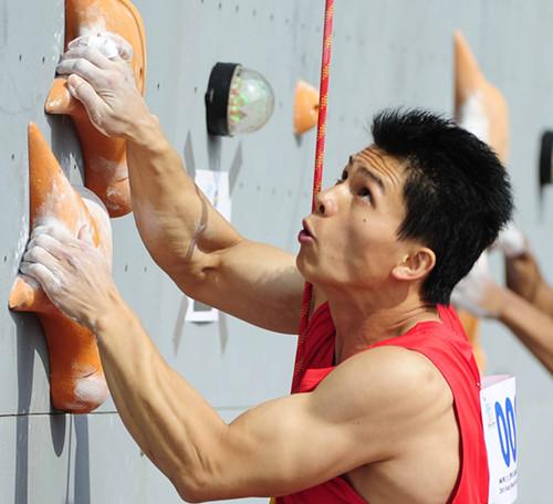 攀岩大师赛钟齐鑫超世界纪录