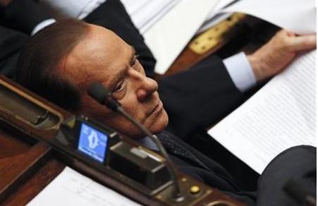 贝卢斯科尼因电视转播案被判4年监禁