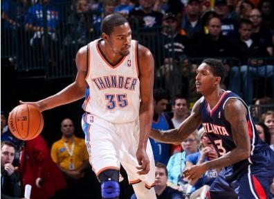 杜兰特:我想在传球和投篮之间做出最好选择