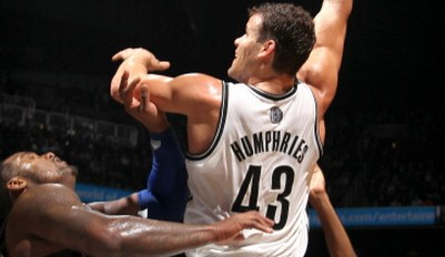 亨弗里斯抓21篮板!篮网轻松再胜魔术
