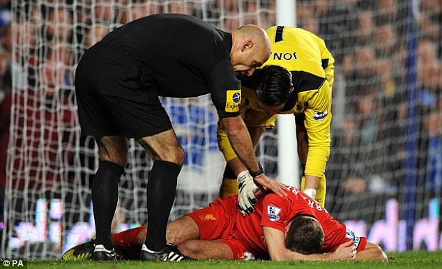 杰拉德膝伤,其第百场英格兰比赛恐延后