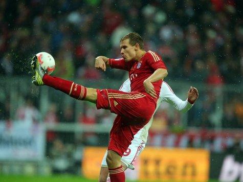 巴德施图贝尔伤愈复出随队训练