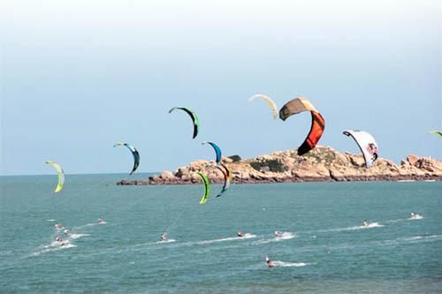 风筝帆板:中国水上运动新亮点