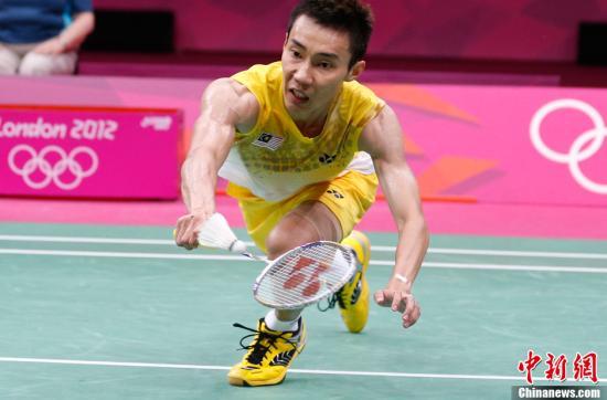李宗伟婚后亮相香港赛晋级:压力更大了