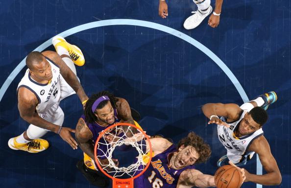 德安东尼:要让加索尔得到更多轻松上篮机会