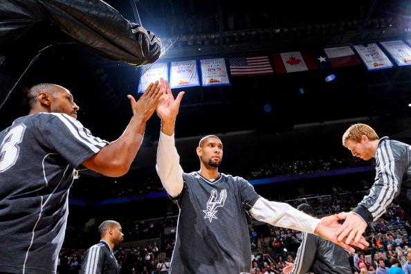 邓肯生涯盖帽达2500次,NBA历史第9