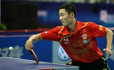 王励勤险胜,中国男队零封世界联队