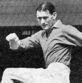 利物浦名宿菲尔-泰勒去世,享年95岁