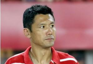 杨晨:年轻球员有个性缺特点