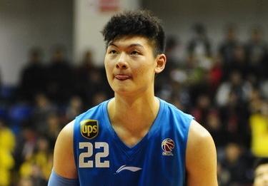 NBADraft选秀预测:王哲林回升7位