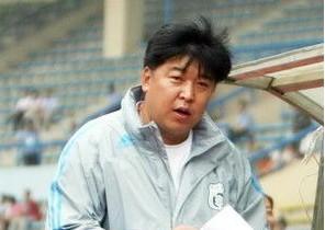 阿尔滨正式敲定徐弘将出任球队主帅
