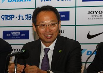 冈田续约反要求降薪,称成绩不好理应如此