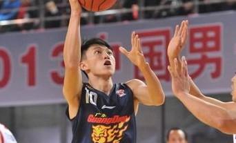 王仕鹏赞刘晓宇:加强投篮可成优秀后卫