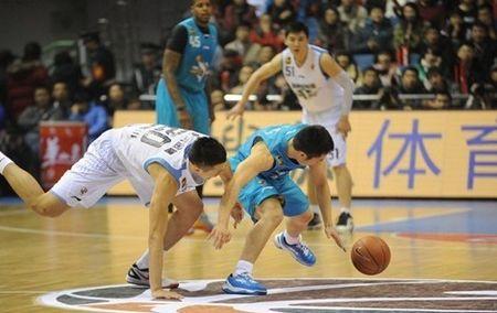 闵鹿蕾:胜广东后有些放松,赢球靠防守