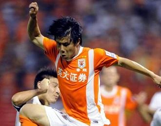 鲁能更换新领队,蒿俊闵明年5月复出