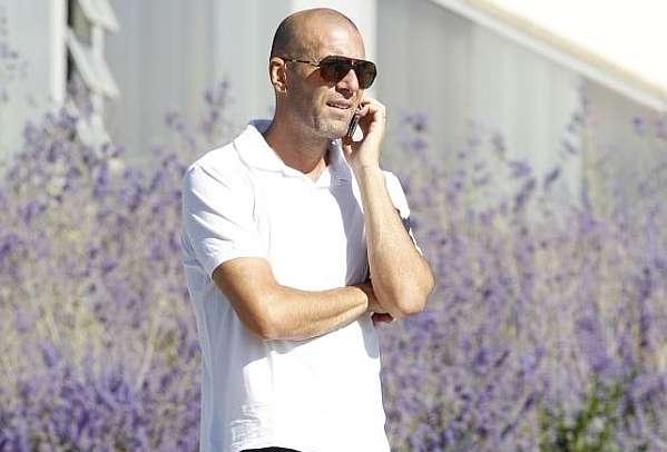 瓦拉内自述:曾对齐达内说过会儿再打来电话